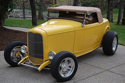 1932 Ford Custom for sale 100841960
