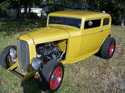 1932 Ford Deluxe Tudor for sale 100822695