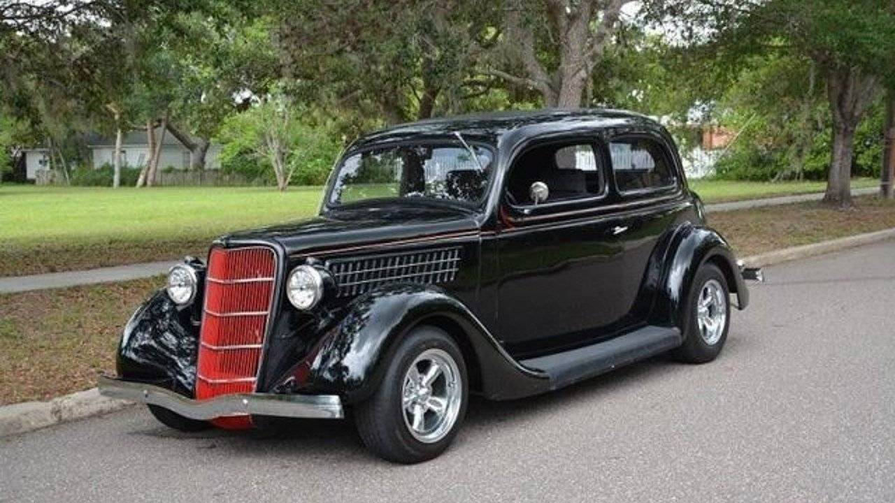 1935 Ford Deluxe for sale 100883716