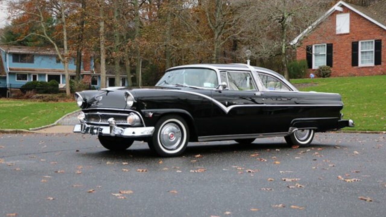 Ford Crown Victoria Classics for Sale - Classics on Autotrader