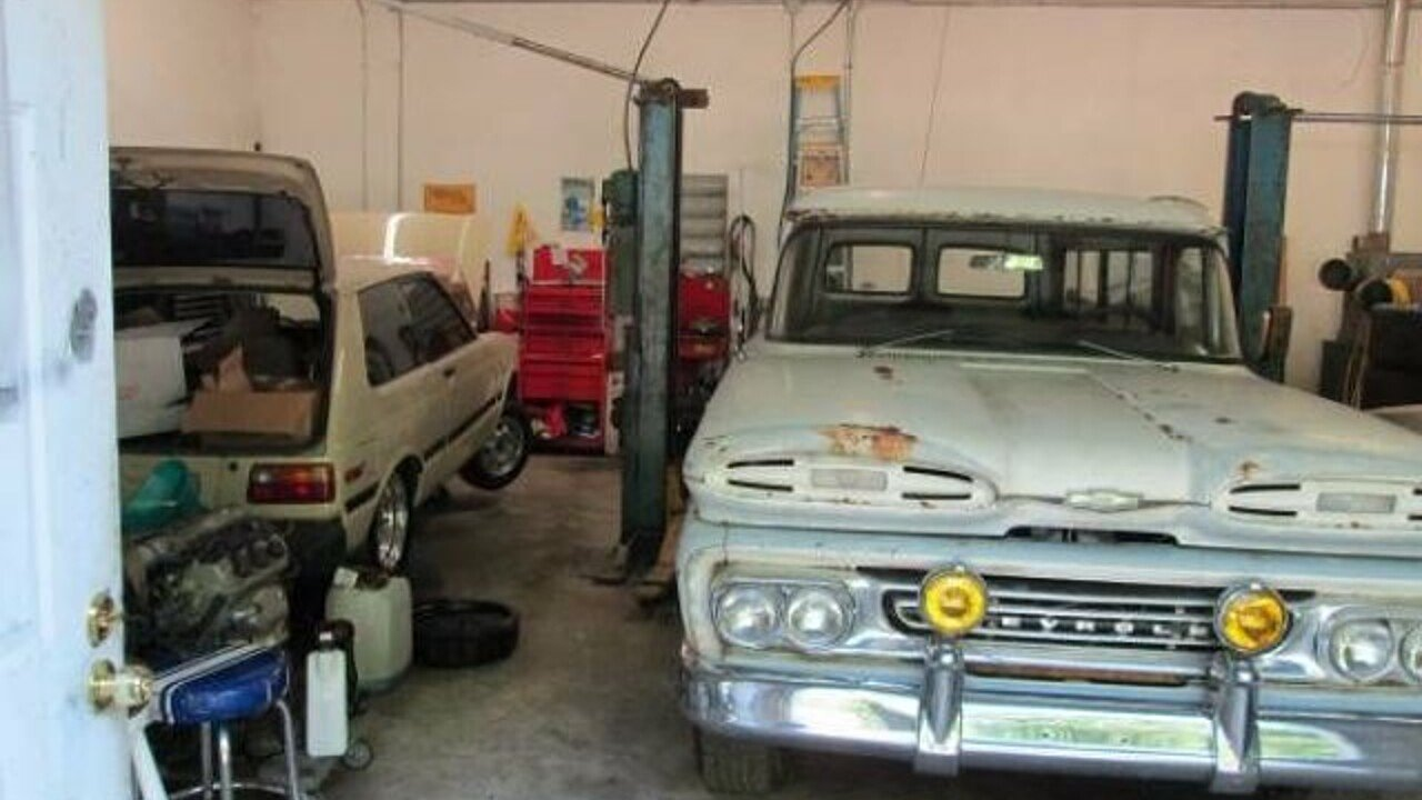 1961 Chevrolet Suburban for sale 100928613