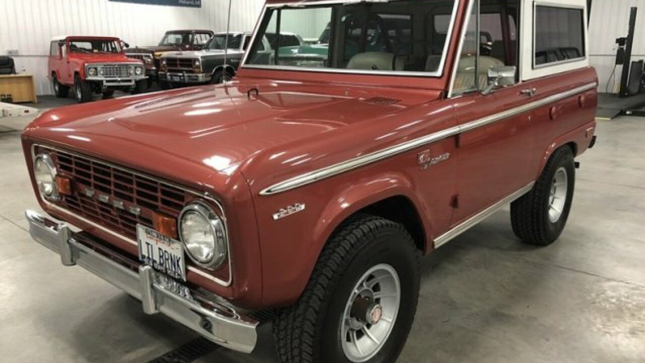 4-Wheel Classics - Classic Car dealer in Holland, Michigan ...