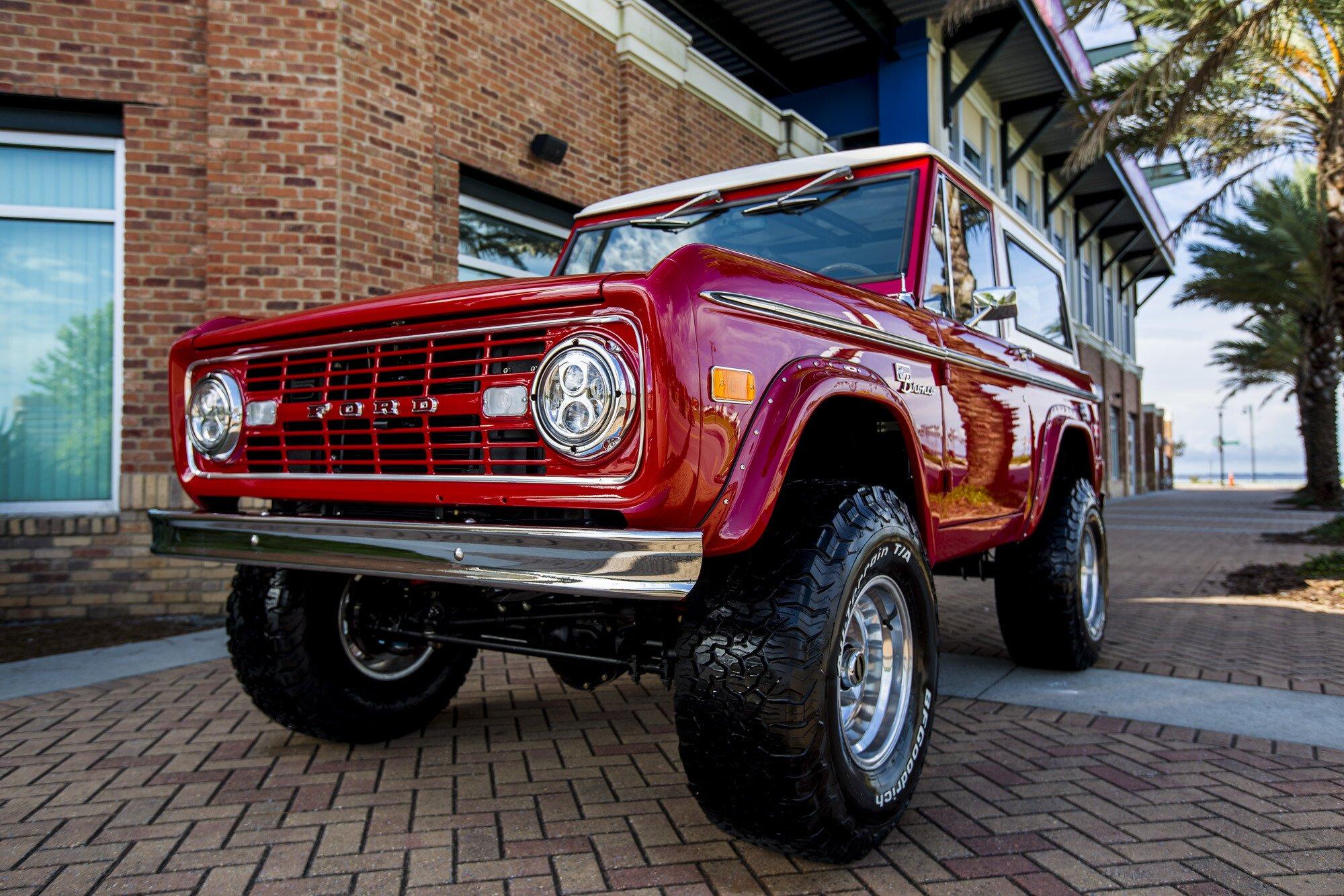 Schön 1972 Ford Bronco Specs Galerie - Schaltplan Serie Circuit ...