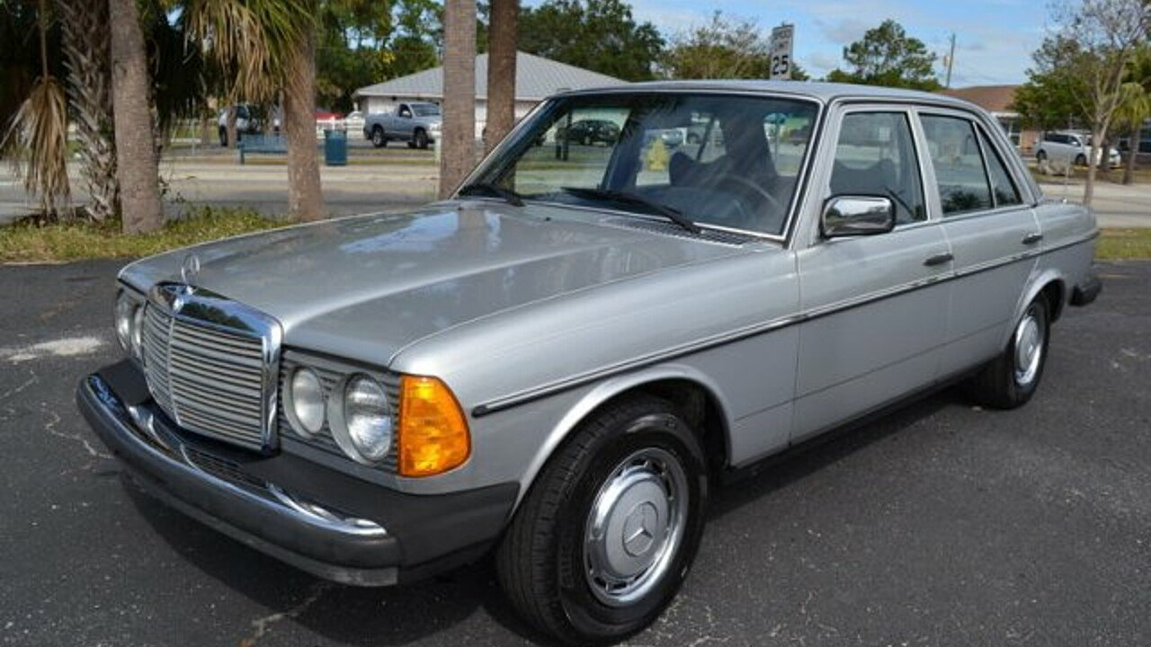 1977 mercedes benz 300d for sale near englewood florida. Black Bedroom Furniture Sets. Home Design Ideas