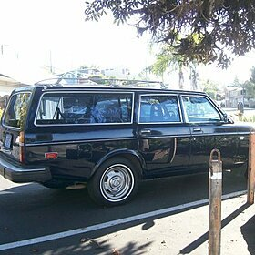 1977 Volvo 245 for sale 100758696