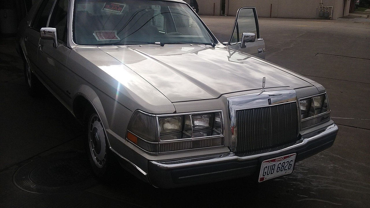 1987 Lincoln Continental for sale near cleveland, Ohio 44106 ...