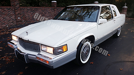 1989 Cadillac Fleetwood Coupe for sale 100951854