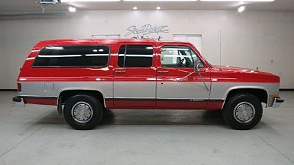classic chevrolet suburbans for sale classics on autotrader. Black Bedroom Furniture Sets. Home Design Ideas