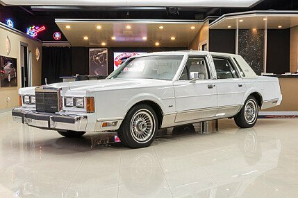 1989 Lincoln Town Car Signature for sale 100928231