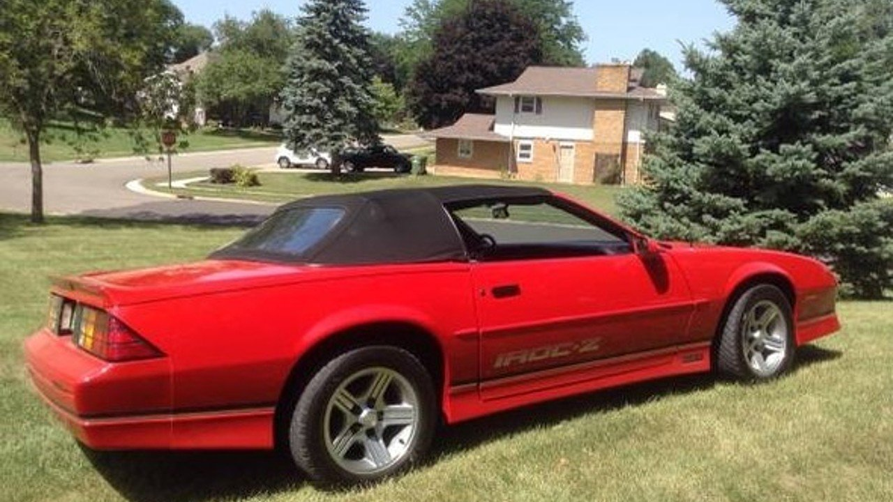 1990 chevrolet camaro iroc z convertible for sale near las. Black Bedroom Furniture Sets. Home Design Ideas