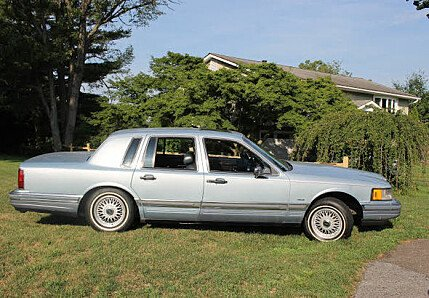 1990 Lincoln Town Car Cartier for sale 100791876