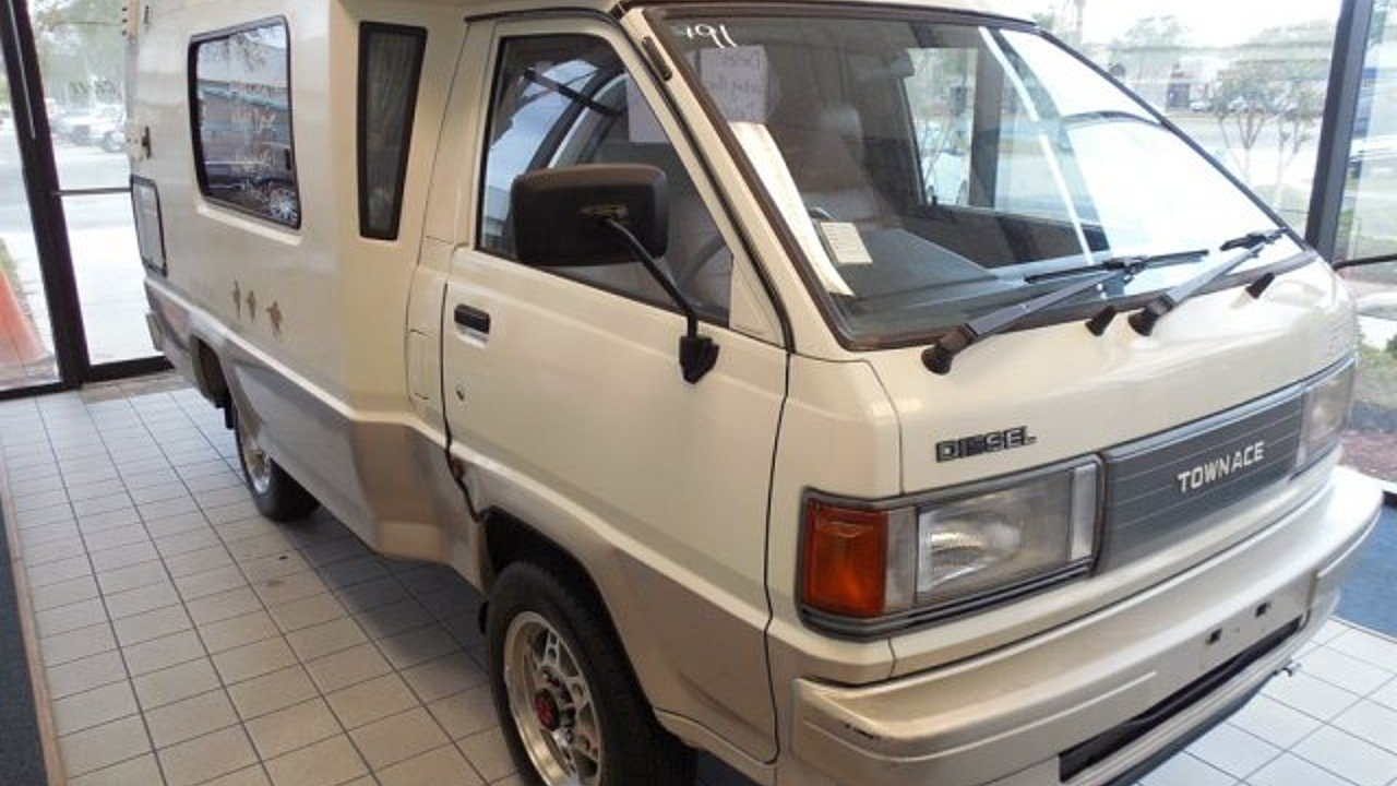 1992 Toyota Townace for sale 100890040