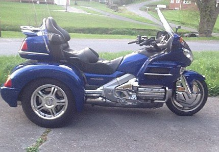 2001 Honda Gold Wing for sale 200569909