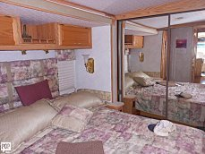 2003 Winnebago Adventurer for sale 300116983