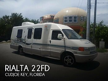 2004 Winnebago Rialta for sale 300143853