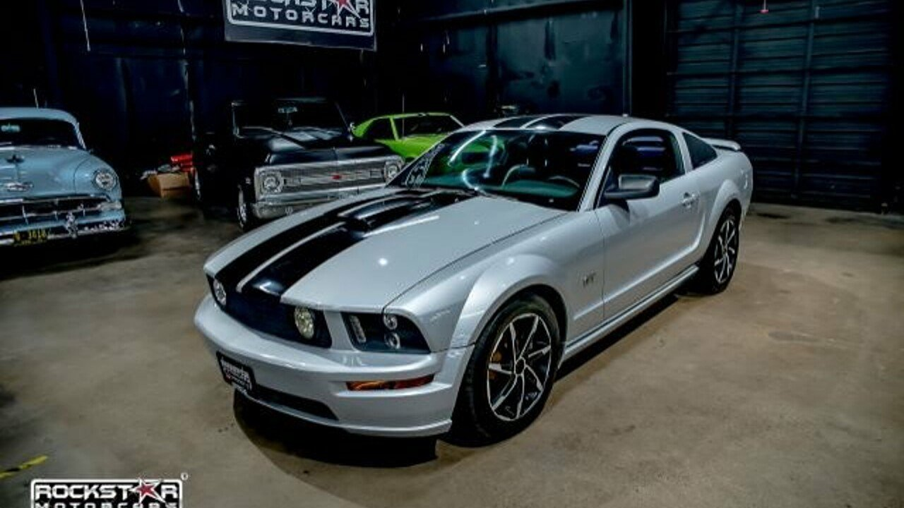 2005 Ford Mustang GT Coupe for sale 100884190