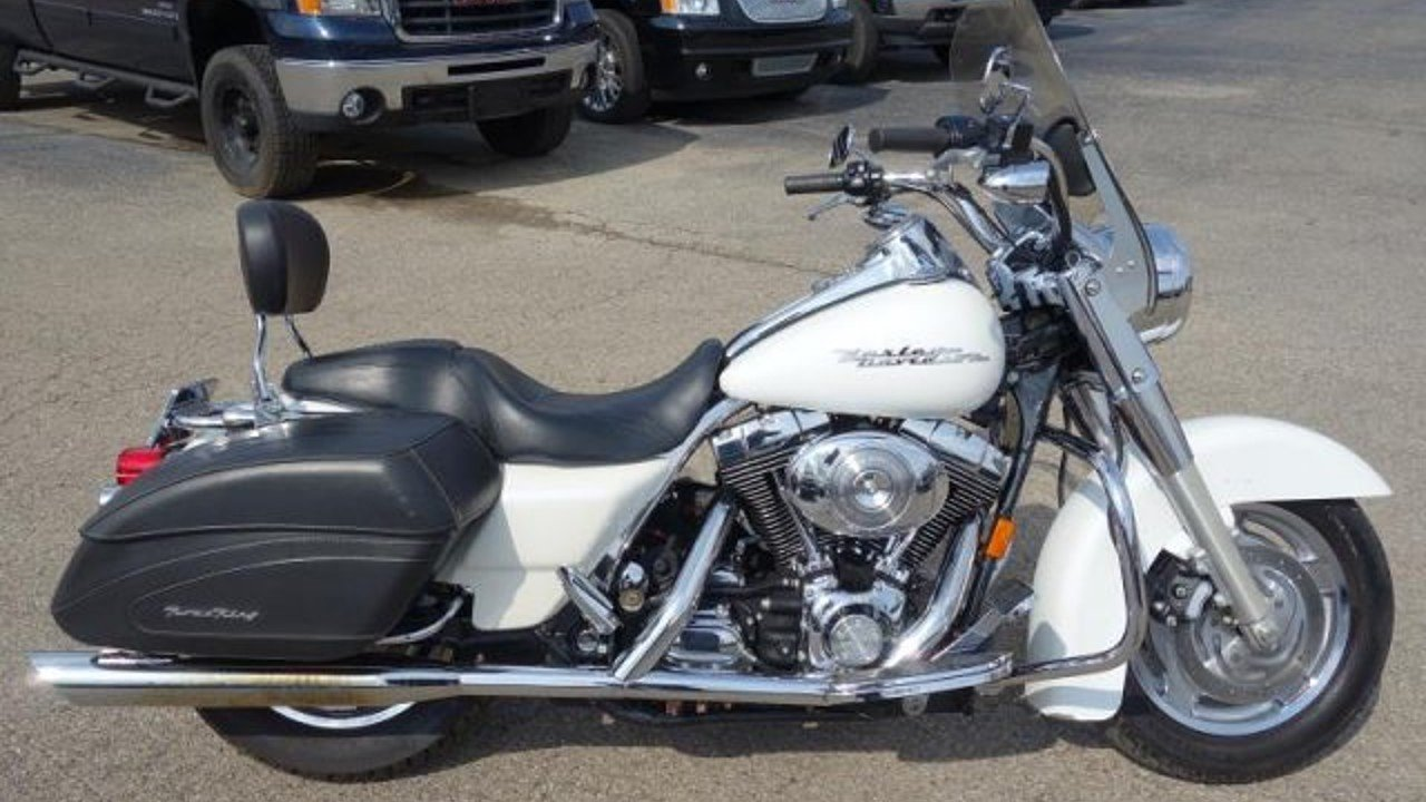 2005 Harley-Davidson Touring for sale 200559103