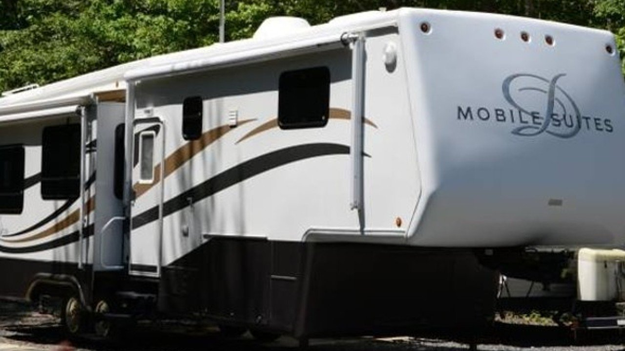 2006 Doubletree Mobile Suites for sale 300147070