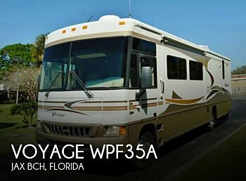 2006 Winnebago Voyage for sale 300106279