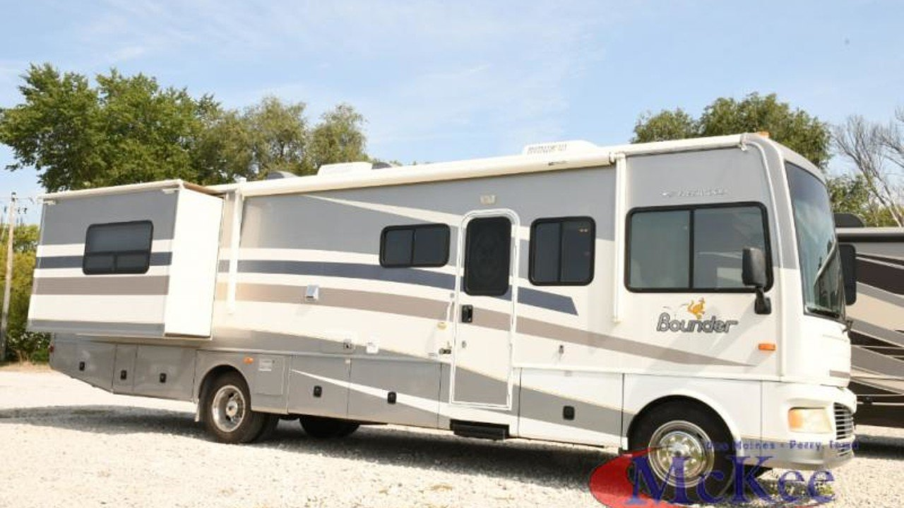 2006 fleetwood Bounder for sale 300173700