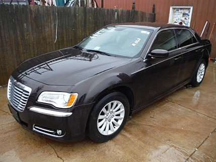 2013 Chrysler 300 for sale 100733024