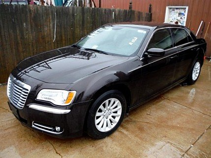 2013 Chrysler 300 for sale 100749852