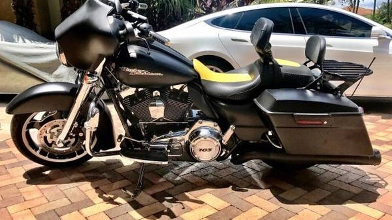 2013 Harley-Davidson Touring for sale 200484637