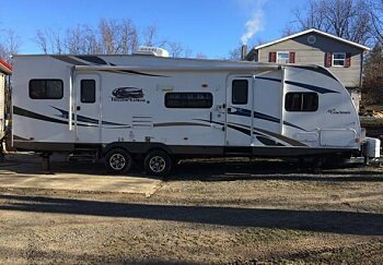 2013 coachmen Freedom Express for sale 300159301