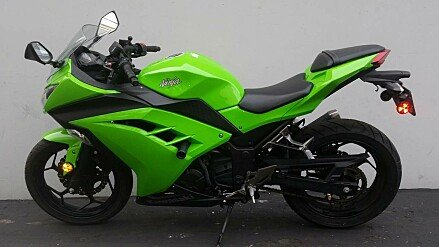 2015 Kawasaki Ninja 300 for sale 200542811