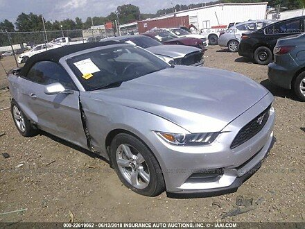 2015 ford Mustang Convertible for sale 101016077