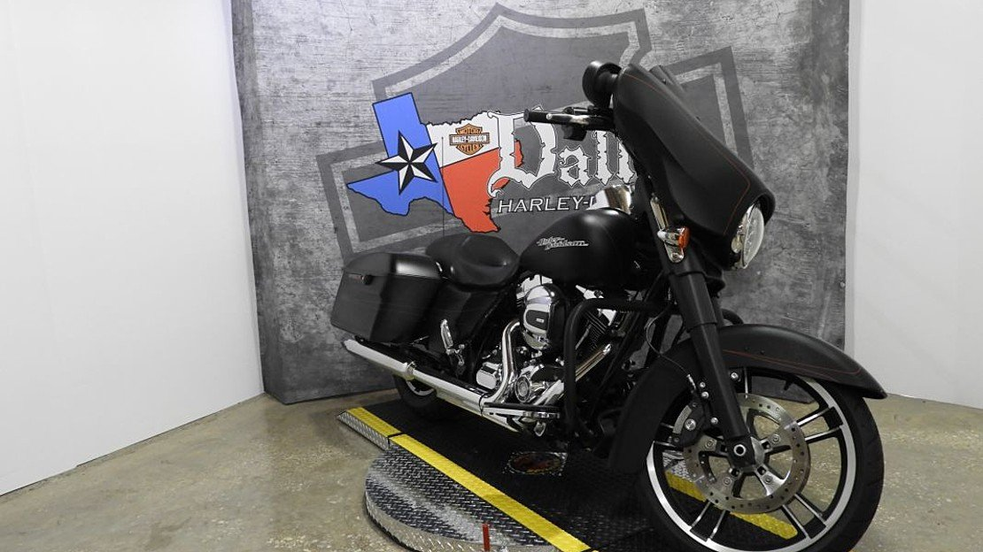 2016 Harley-Davidson Touring for sale 200620557