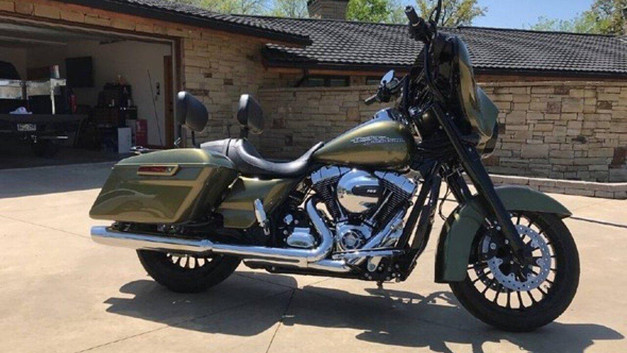 2016 harley-davidson Touring for sale 200579357