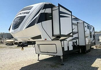 2017 Grand Design Momentum for sale 300166244