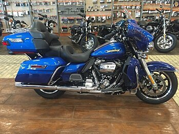 2017 Harley-Davidson Touring for sale 200478587