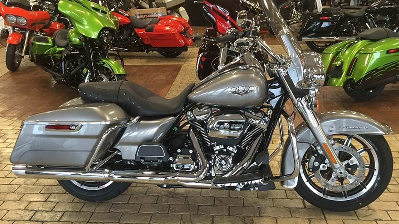 2017 Harley-Davidson Touring for sale 200478615