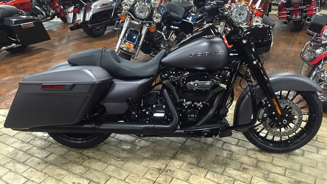 2017 Harley-Davidson Touring for sale 200478624