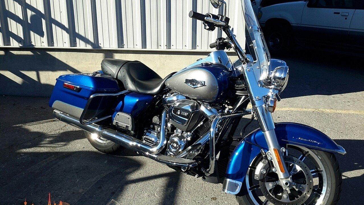 2017 Harley-Davidson Touring Road King for sale 200516097