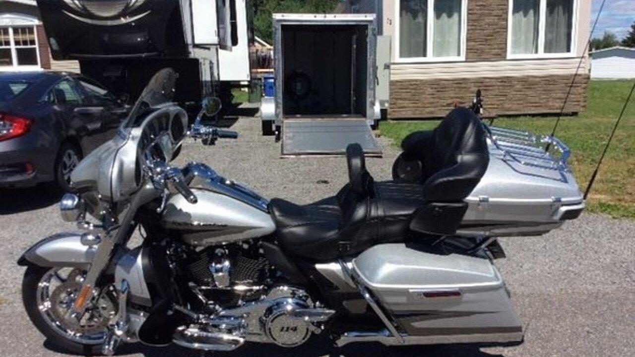 2017 harley-davidson Touring for sale 200493635