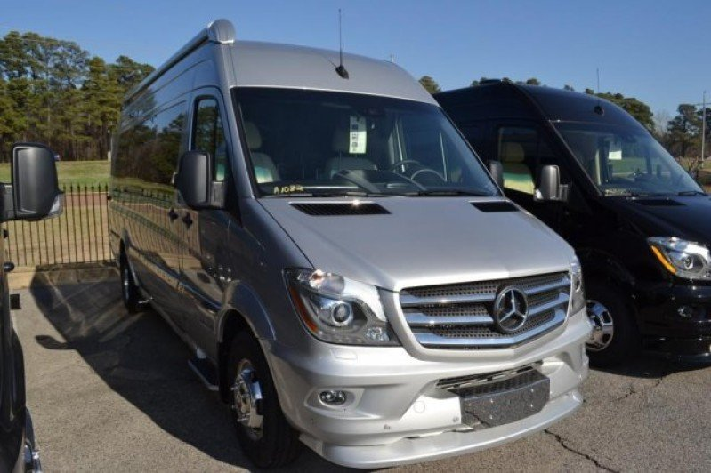 Airstream Interstate Rvs For Sale Rvs On Autotrader