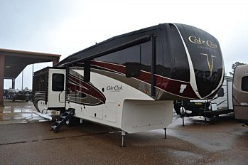 2018 Forest River Cedar Creek Champagne 38EL for sale 300150457