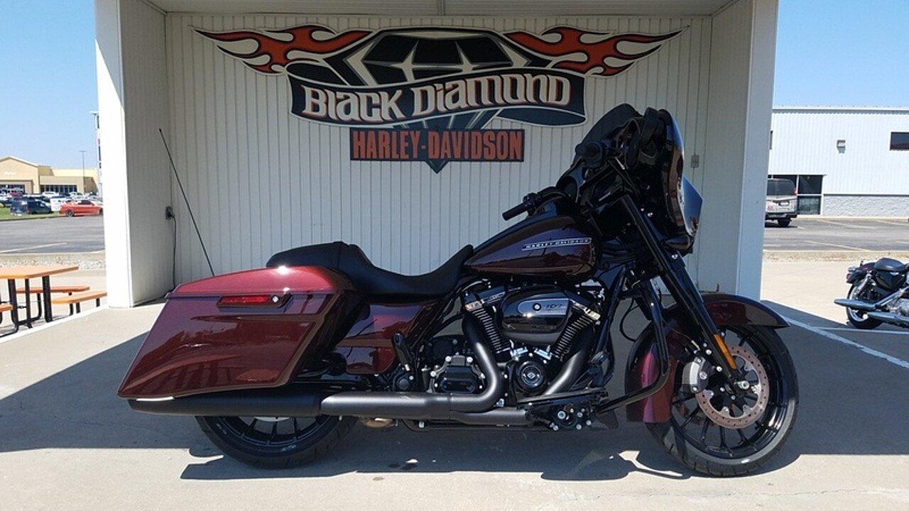 2018 Harley-Davidson Touring for sale 200488094