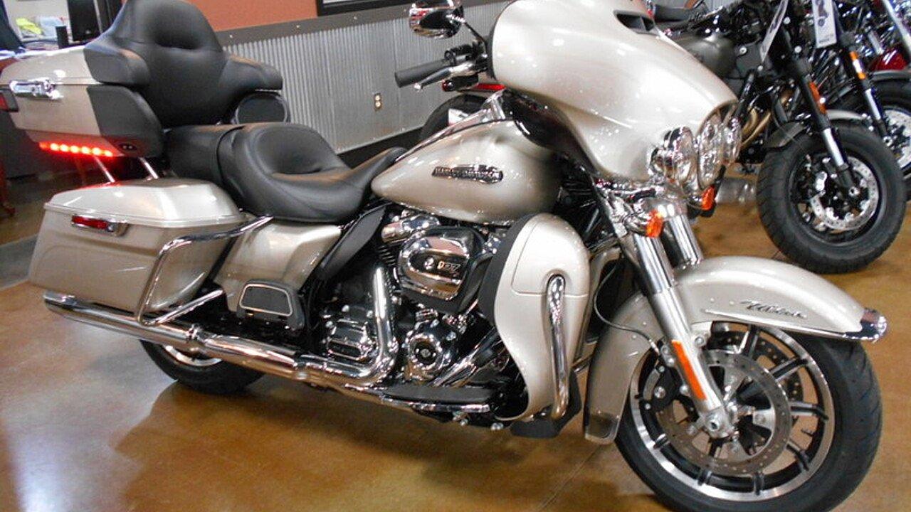 2018 Harley-Davidson Touring for sale 200506874
