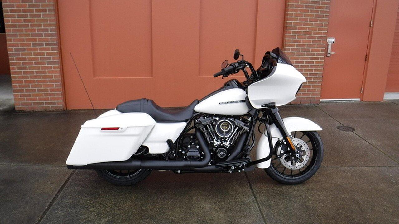 2018 Harley-Davidson Touring for sale 200521509
