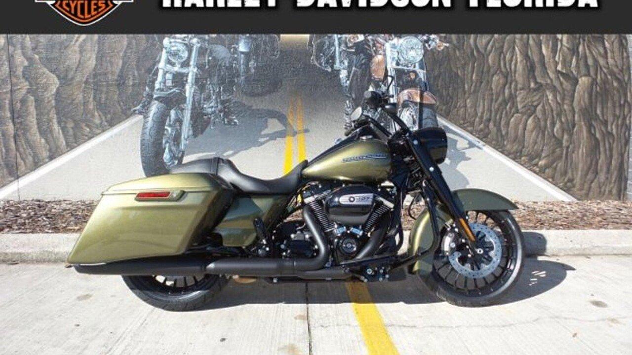 2018 Harley-Davidson Touring for sale 200525267