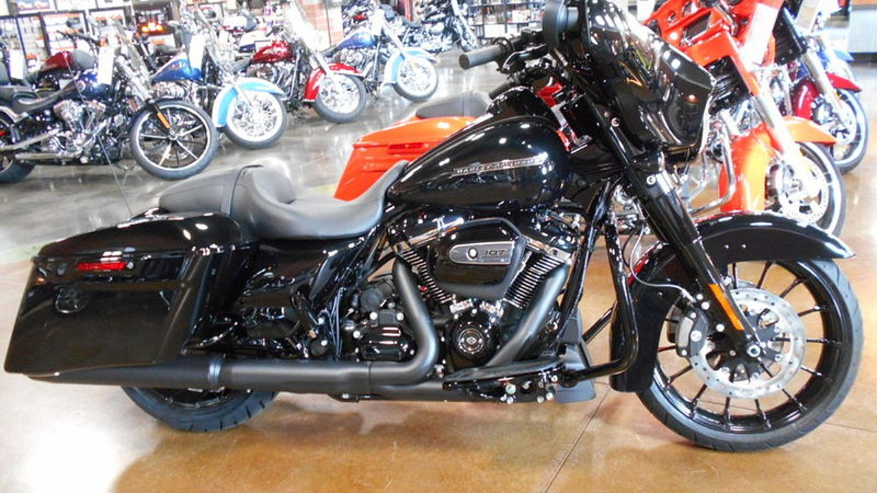 2018 Harley-Davidson Touring for sale 200532616