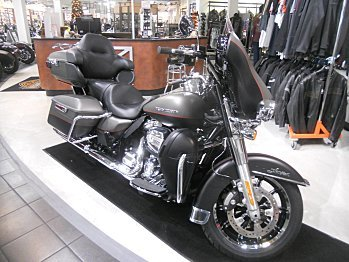 2018 Harley-Davidson Touring for sale 200534106