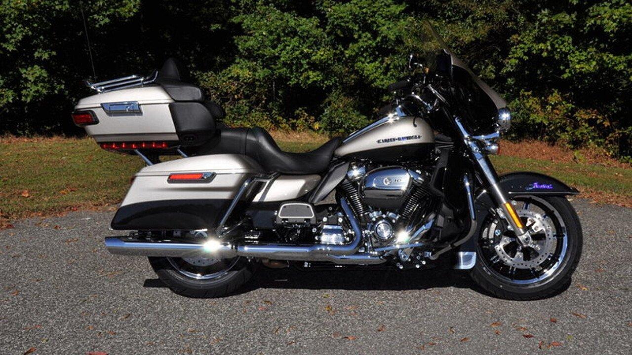 2018 Harley-Davidson Touring for sale 200563354