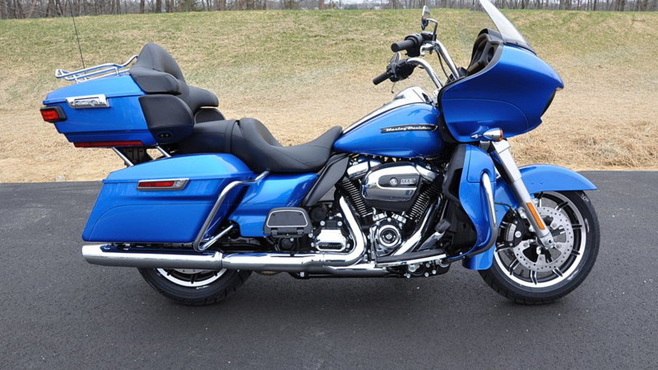 2018 Harley-Davidson Touring for sale 200563448