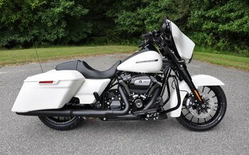 2018 Harley-Davidson Touring for sale 200489788