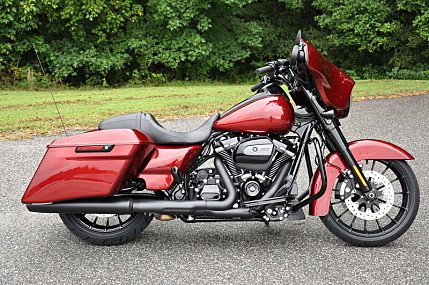 2018 Harley-Davidson Touring for sale 200576108